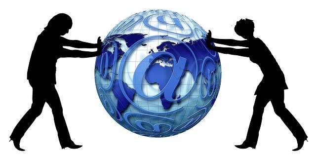 globe-489519_640