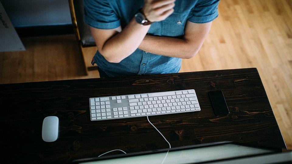 teclado-persona